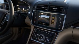 Lincoln Continental 2017_features_technology_04_360camera
