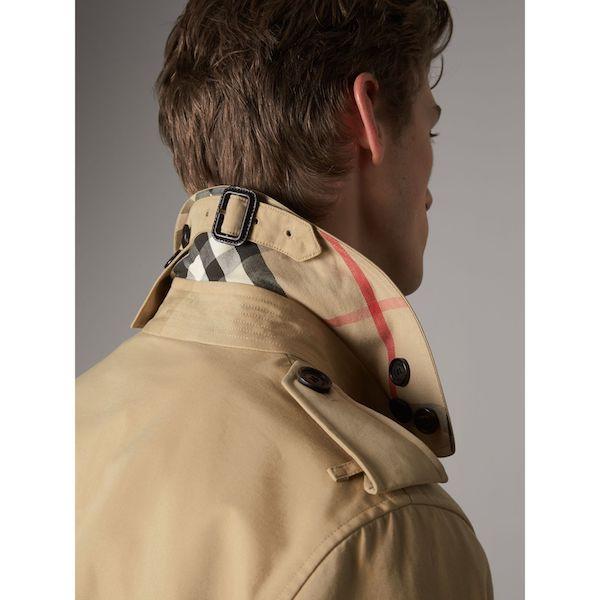 The Kensington – Mid-Length Heritage Trench Coat par Burberry