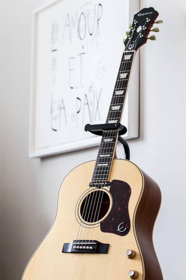 Fairmont The Queen Elizabeth - Guitar