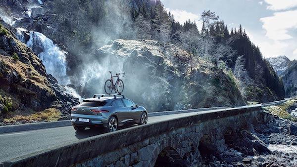 Jaguar I-PACE Concept - Mountain