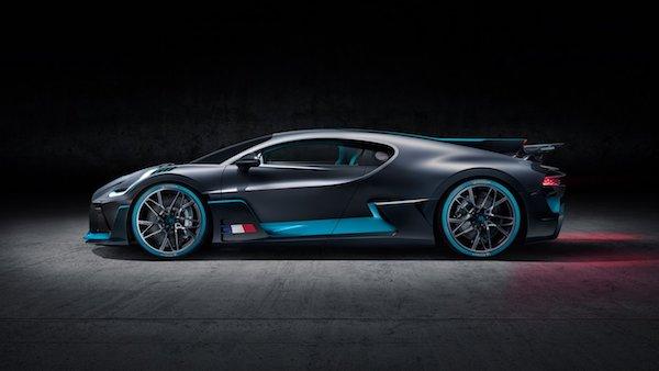 Bugatti Divo -côté