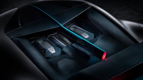 Bugatti Divo - moteur