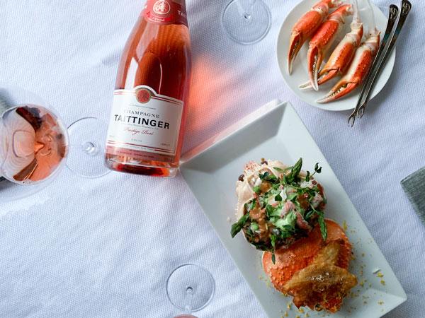 Salade de Crabe et Oursin du Québec par Grégory Faye - Taittinger Rosé