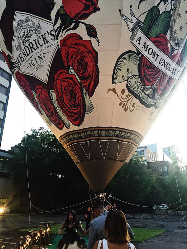 Survolez Montréal avec le Gin Hendricks - Ballon Jour