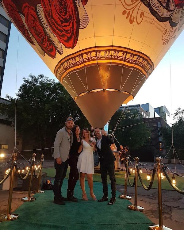 Survolez Montréal avec le Gin Hendricks - Ballon