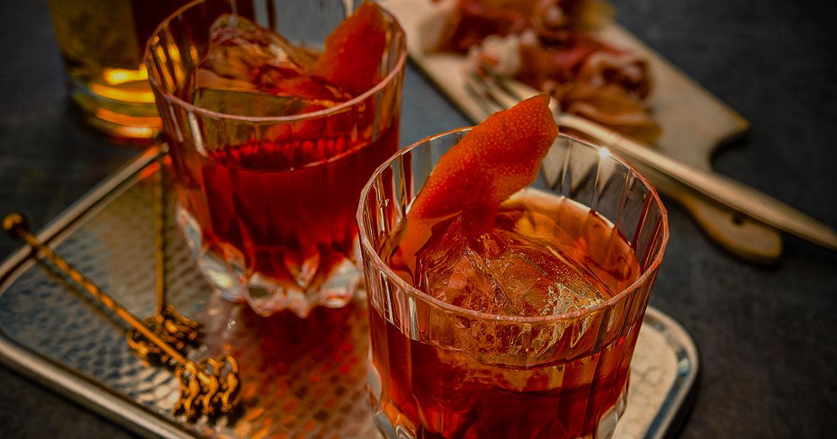 Top 10 des cocktails que tous les gentlemen devraient connaître - Couverture