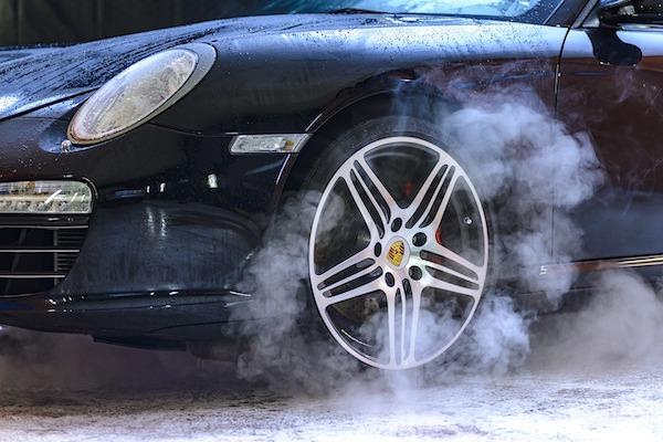 Pneus de route - Porsche