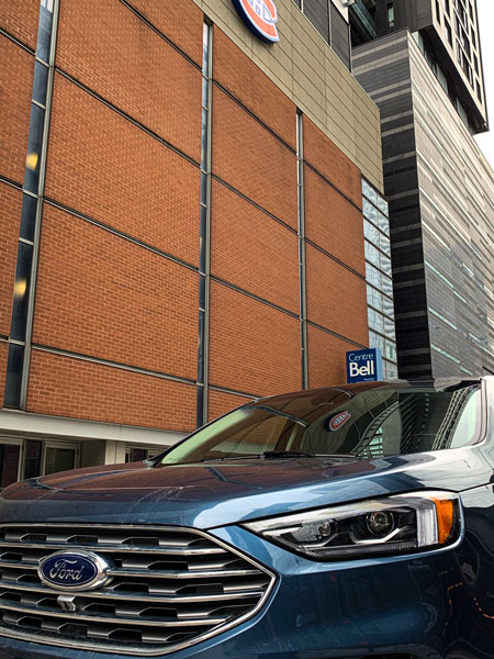 Ford Edge and the history of hockey in Montreal - Bell Centre - Ford Edge Credit: Normand Boulanger | RDPMAG