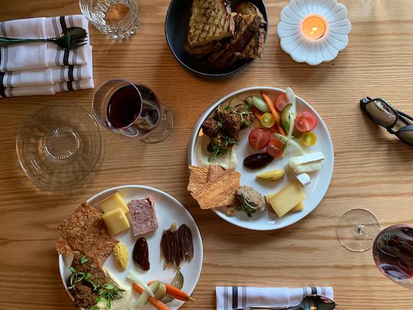 Ratafia - Planches Salées et vin