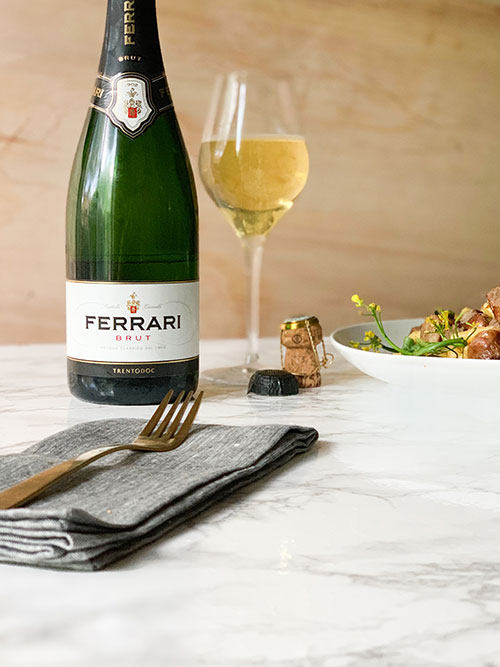 Ferrari Trento Brut - Glass and bottle