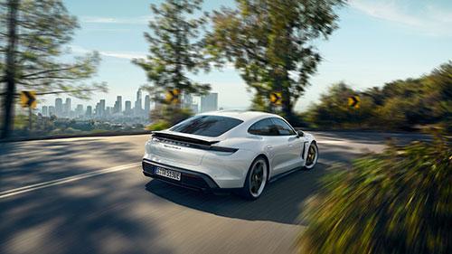 Porsche Taycan - Arriere