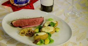 Magret de canard du Québec avec pommes de terre farcies aux champignons et gratinées au Louis d'or - couverture