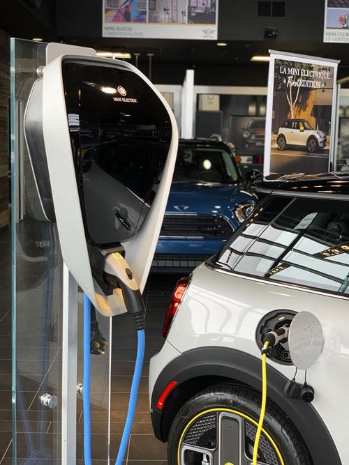The MINI Cooper SE - Charging module