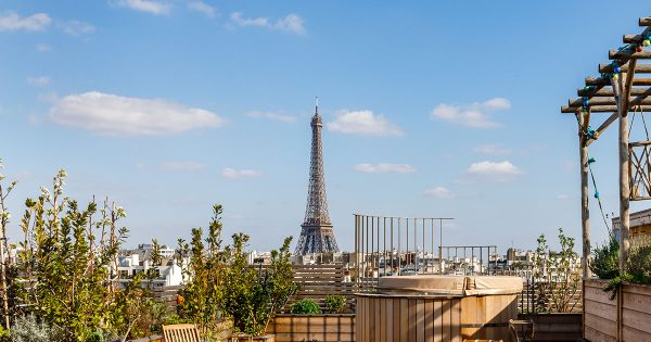 Paris Par Gregory Faye - Couverture - Hotel Brach par Alexander Volodin
