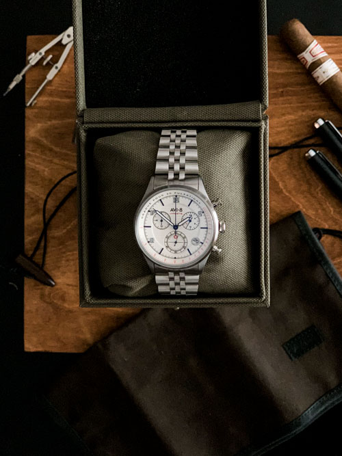 Flyboy Lafayette Chronograph AVI-8 -Case