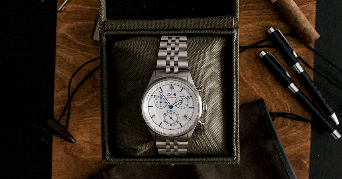 Flyboy Lafayette Chronograph AVI-8 -Cover