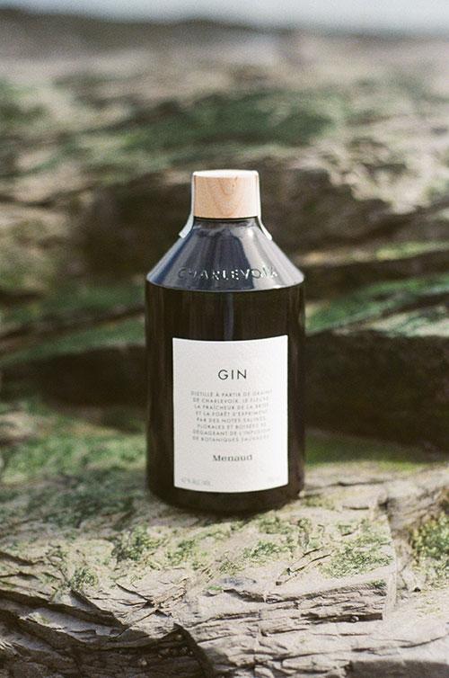 Bottle-Gin-Menaud of Menaud Distillery and Brewery