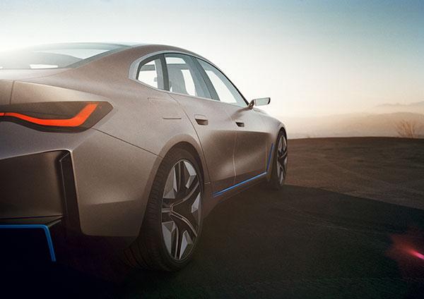 BMW-i4-Back