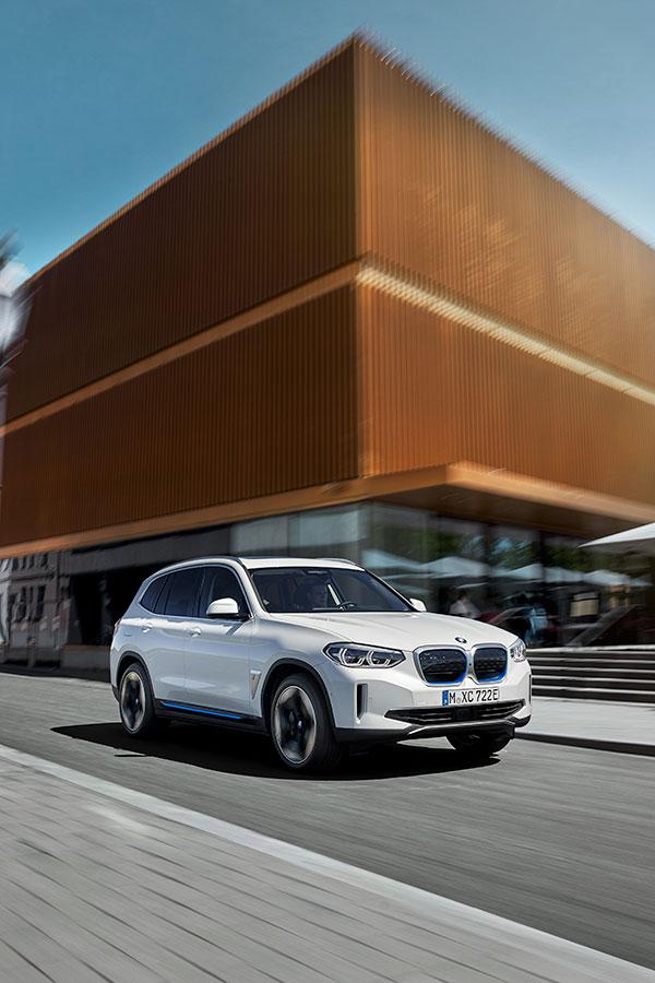 BMW-iX3