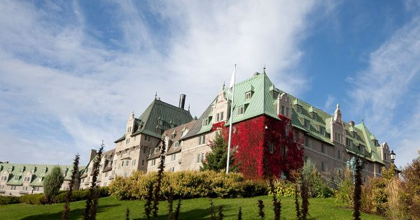 Fairmont-Le-Manoir-Richelieu---Couverture