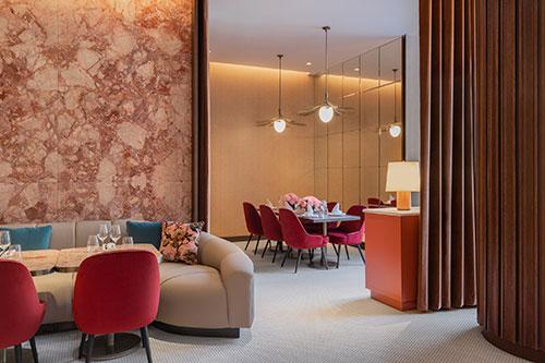 Holt-Renfrew-Ogilvy--The-Cafe-Holt-Dining-room