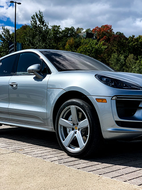 Le-Porsche-Macan-Turbo-Avant