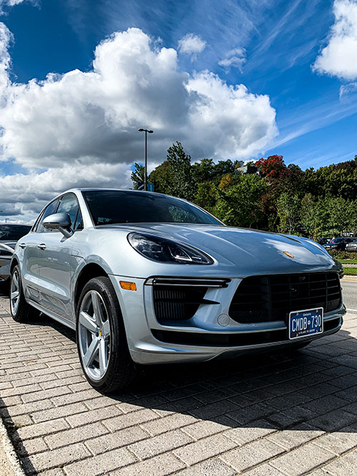 Le-Porsche-Macan-Turbo-Prises-Air