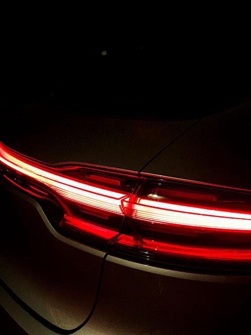 Porsche-Macan-Turbo-Red-Lights