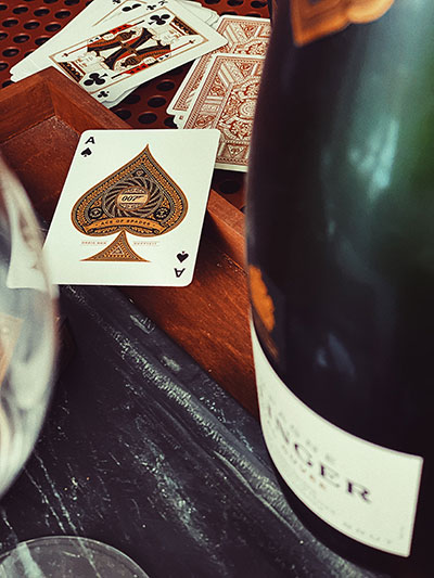 James-Bond-Theory11-champagne-Bollinger