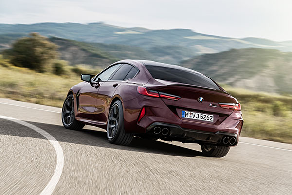 BMW-M8-Competition-Gran-Coupe---Curve