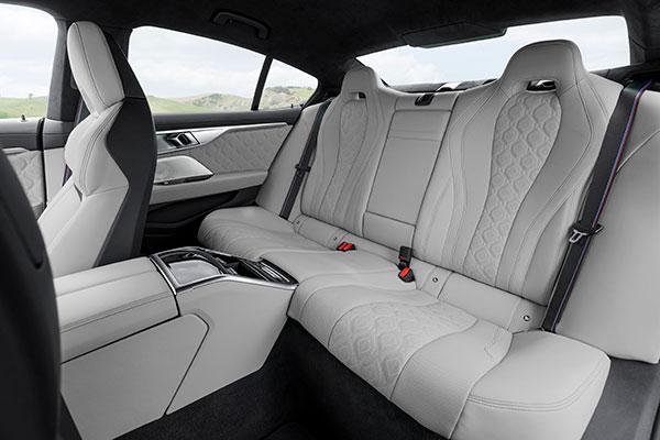 BMW-M8-Competition-Gran-Coupe---Sièges
