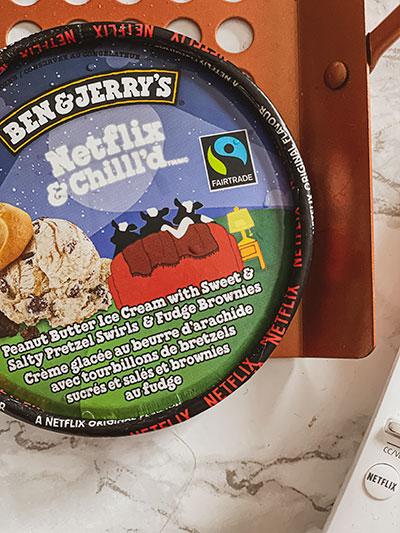 Netflix & Chilll'd ice Cream-Bucket+Remote
