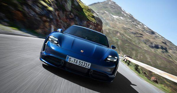 Porsche-Taycan---Couverture
