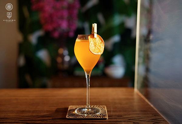 Verre-Alambika - le Bar du Gentleman
