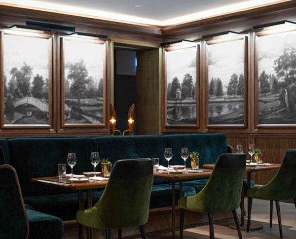 Fairmont-Royal-York-REIGN-Restaurant---Dining-room-blue