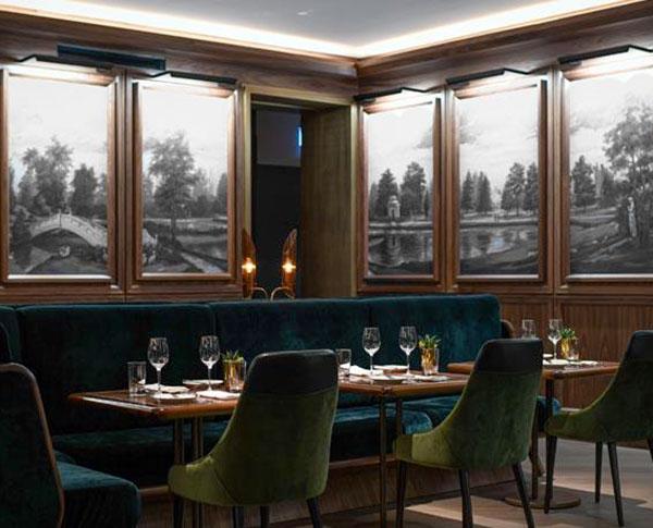 Le-Fairmont-Royal-York-REIGN-Restaurant---Salle-a-manger-bleue