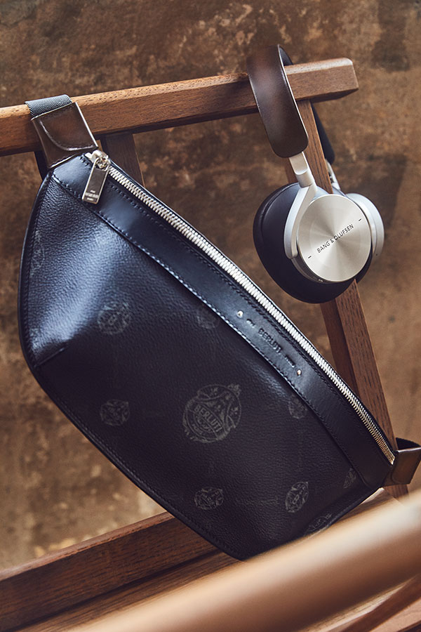 Beoplay-H95-by-Berluti-and-Bang-Olufsen---chair