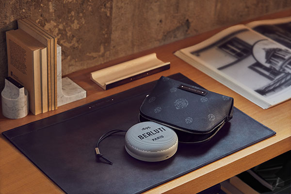Beosound-A1-by-Berluti-and-Bang-Olufsen---table