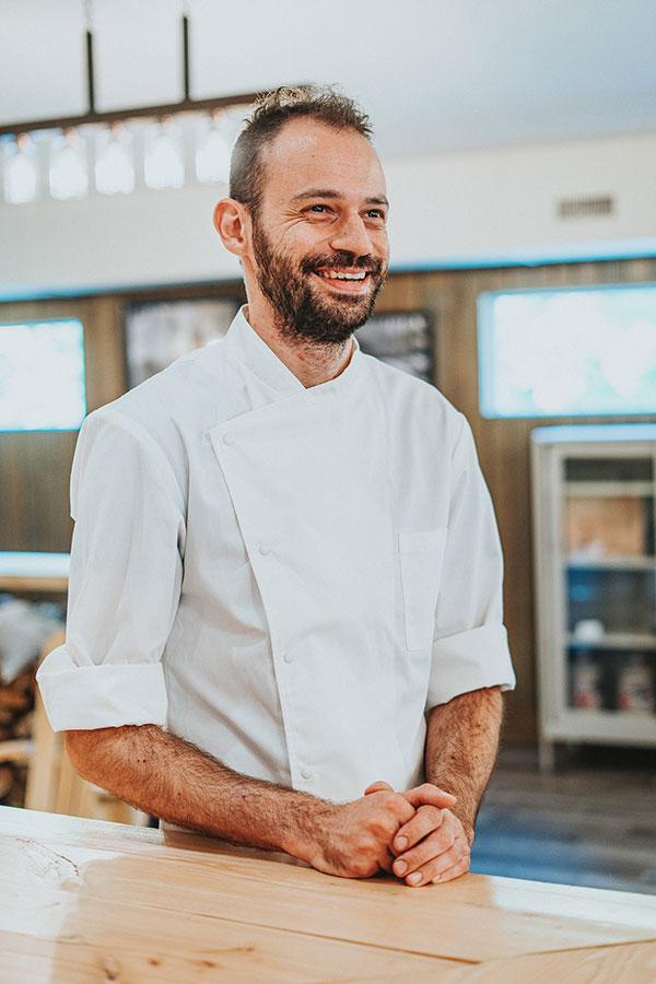 The-Restaurant-h3---Jean-Sebastien-Giguere