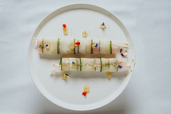 The-Restaurant-h3---Vegetables-rolls-and-salmon