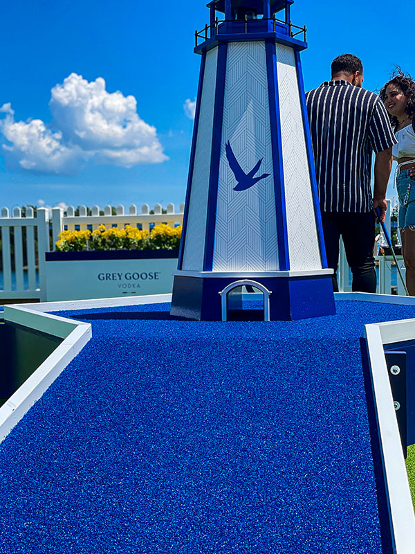 Le-Grey-Goose-Smooth-Putt-Phare
