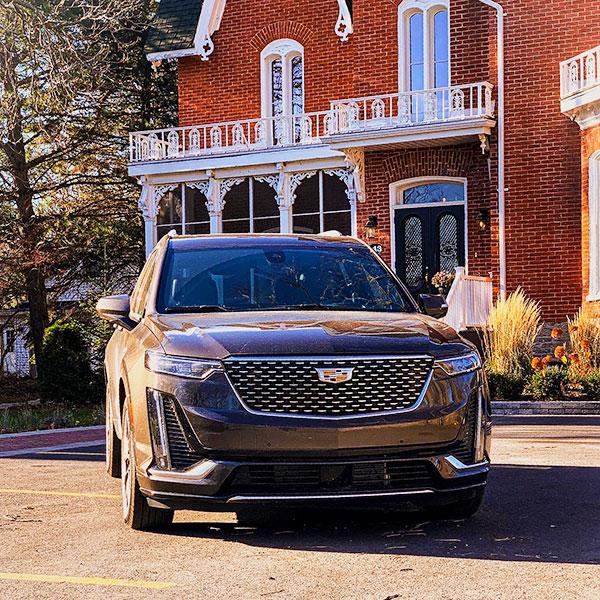 Cadillac-XT6---Hotel-Merill-House