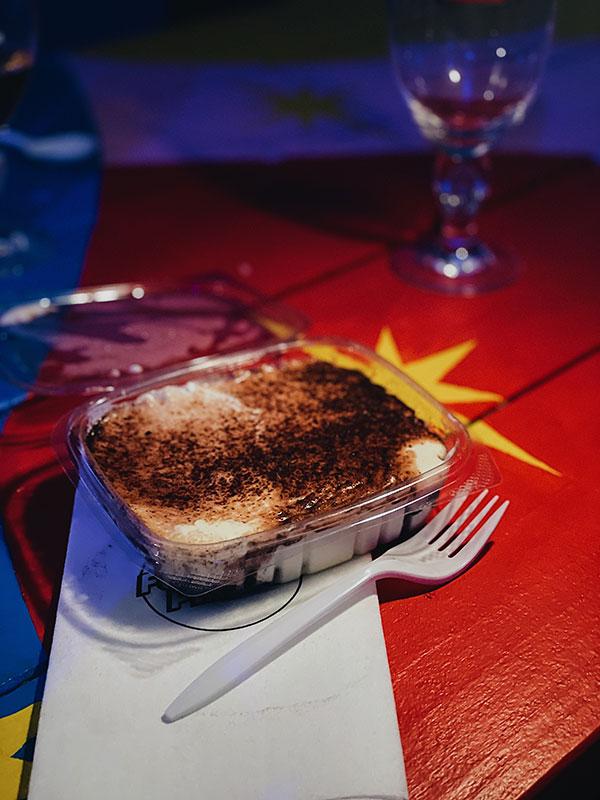 Café-Artois-Saint-Laurent---Tiramisu