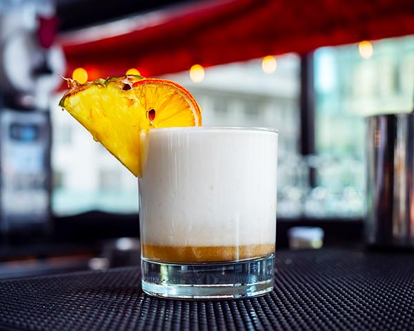 La-Terrasse-Nacarat---Bourbon-et-Coconut