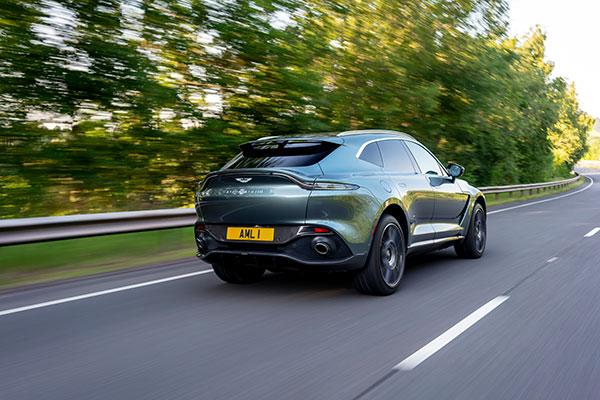 Aston-Martin-DBX---Rear