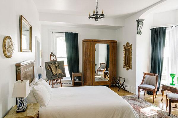 Merrill-House---Room